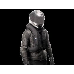 Nuevo Chaleco Airbag  electrónico e-Turtle Negro Helite. Frente inflado